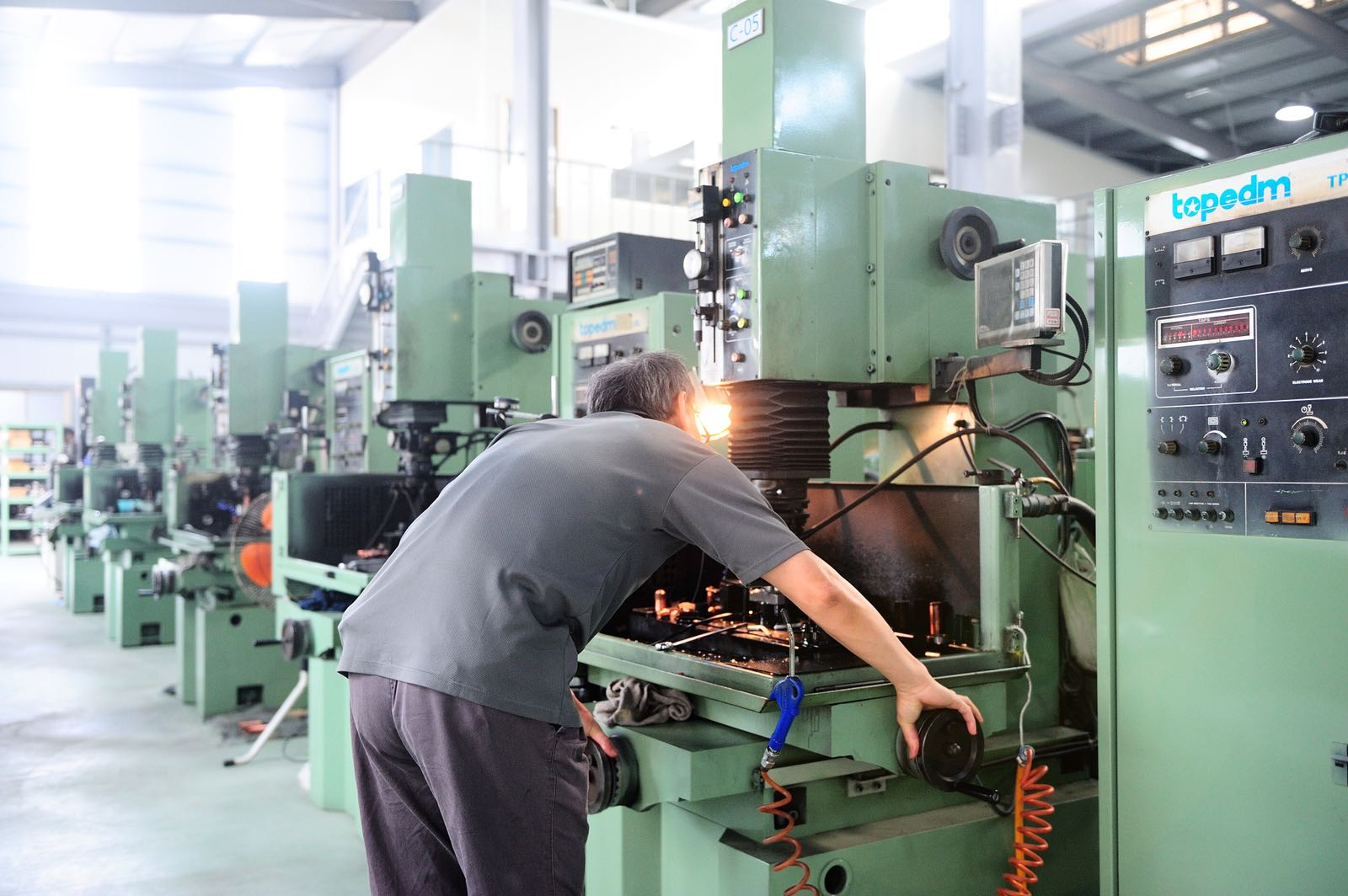 proimages/products/Tooling/NUT TOOLING/ph04.jpg